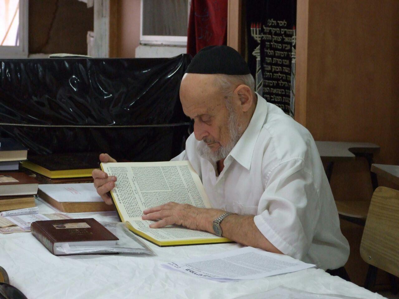 """איש מבית לוי • קווים לדמותו של רב היישוב בני ראם ז""""ל"""