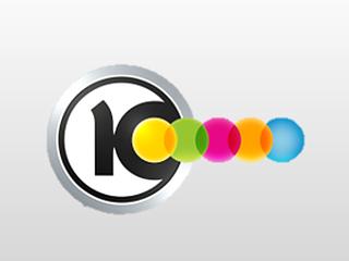 כתבת ערוץ 10 העניקה זר פרחים לגבאי וברשות השניה דורשים תשובות