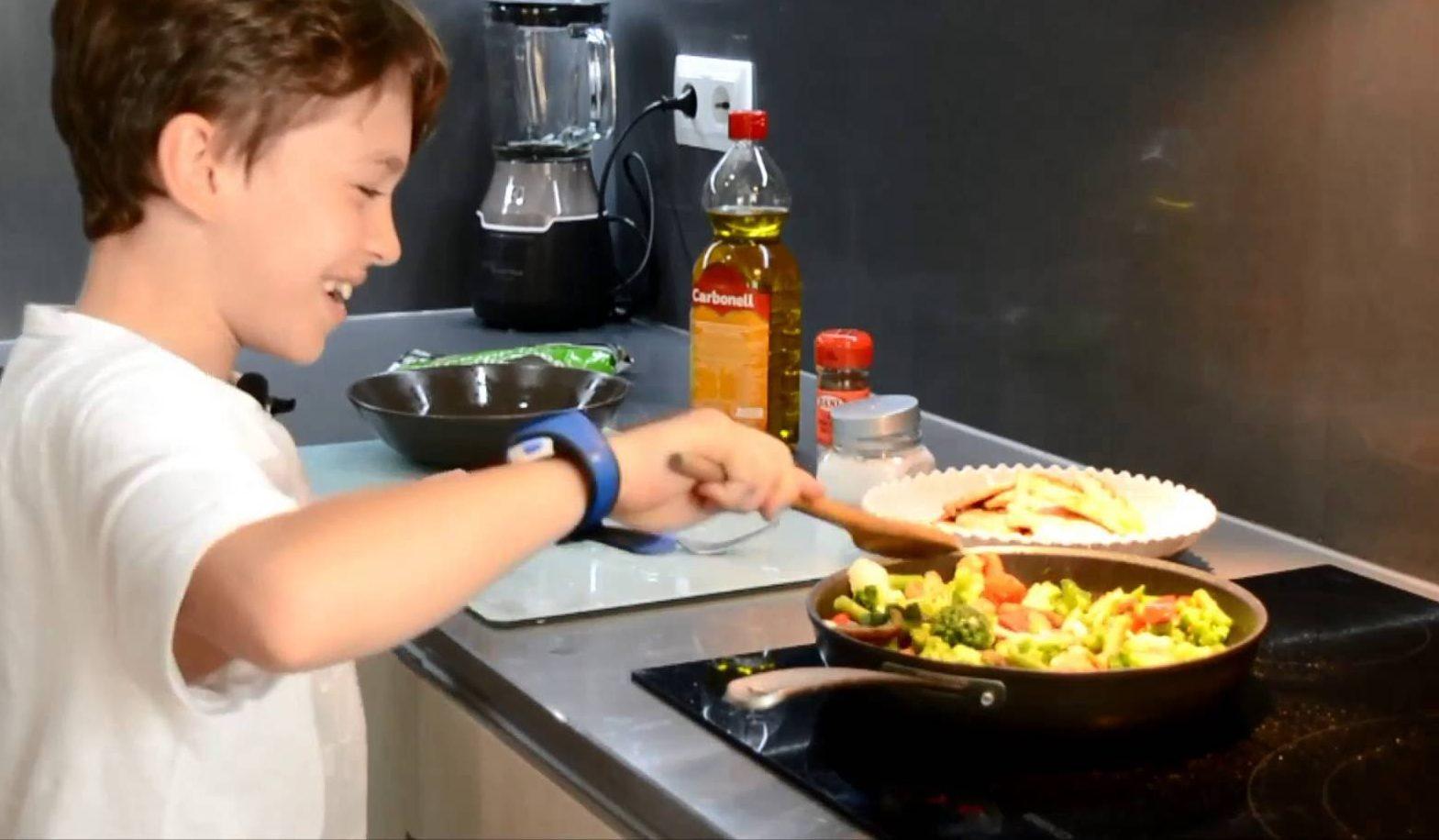 קייטנת המטבח שלנו: שרה פכטר בפתרון לחופש