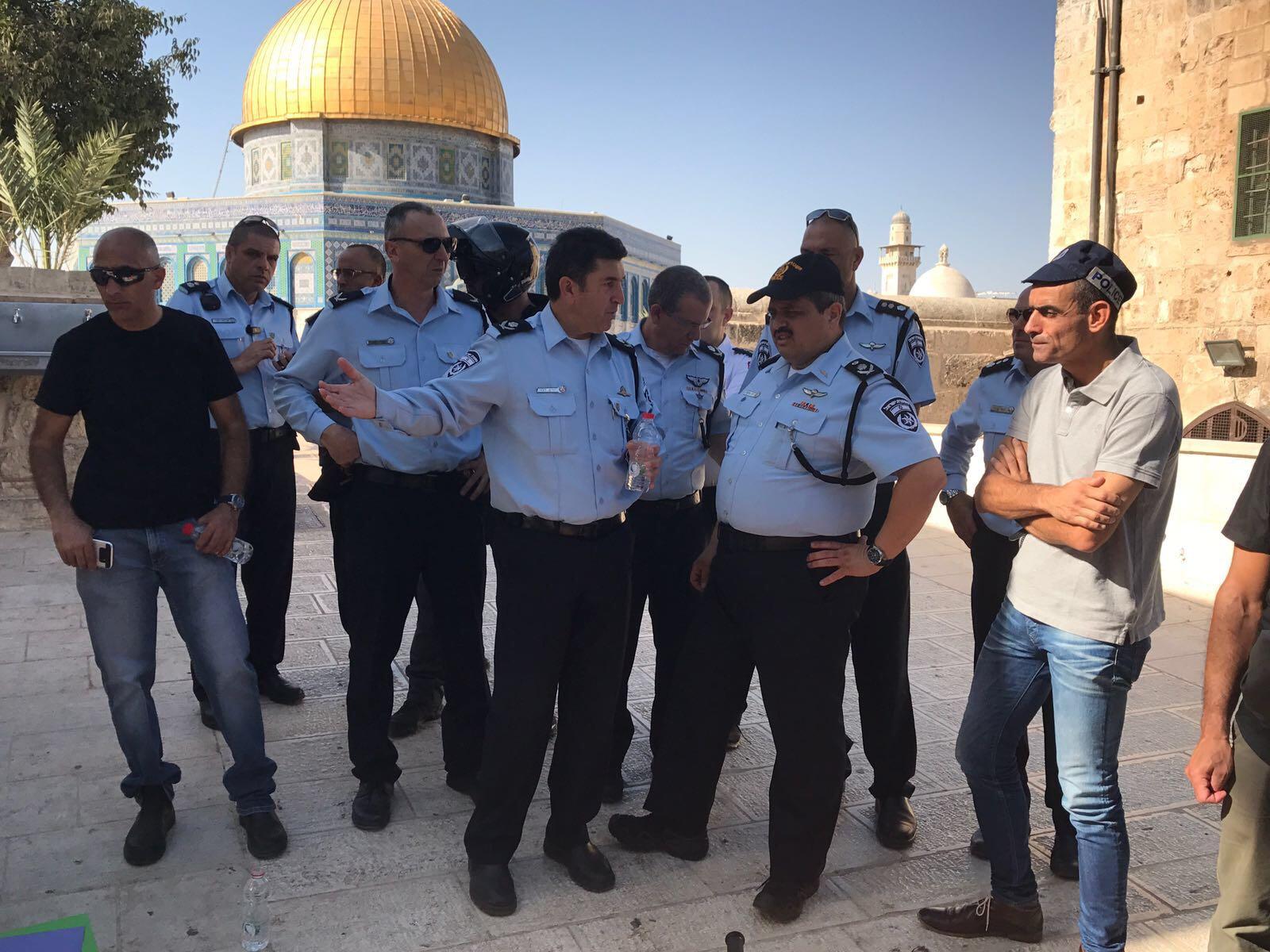 רגע אחרי רגע: הפלסטינים תיעדו את הפיגוע בהר הבית • צפו