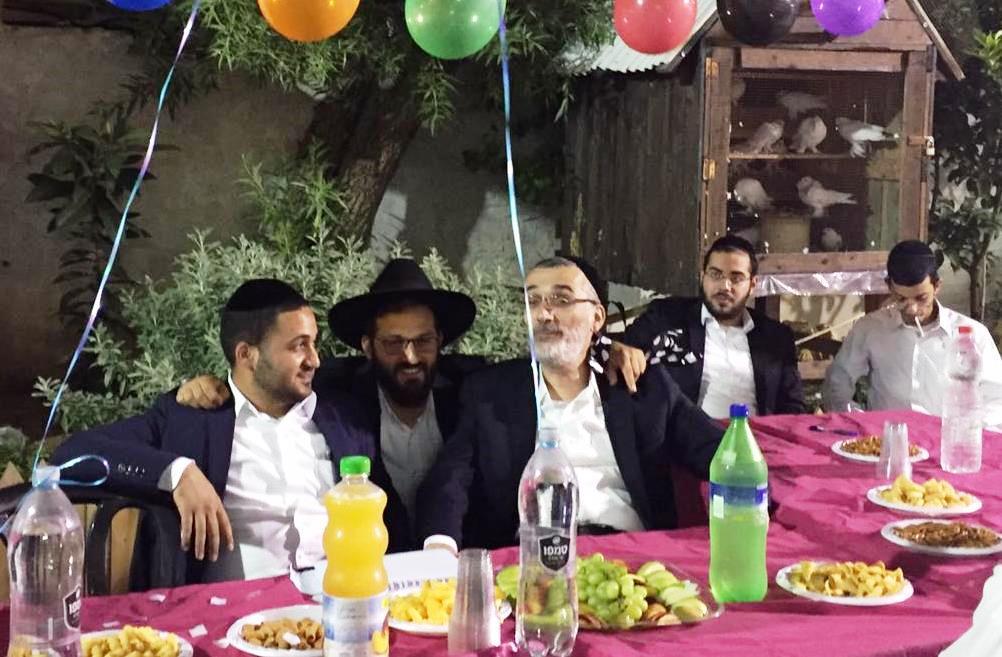 צפו: דובר סיעת שס בירושלים חגג יומולדת, ככר ספרא הפתיעה במסיבה