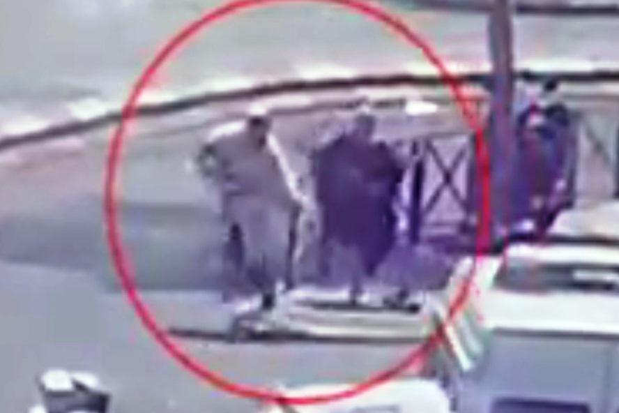 משטרת ישראל מחפשת בדחיפות: האברך שניצל מסכינה של המחבלת