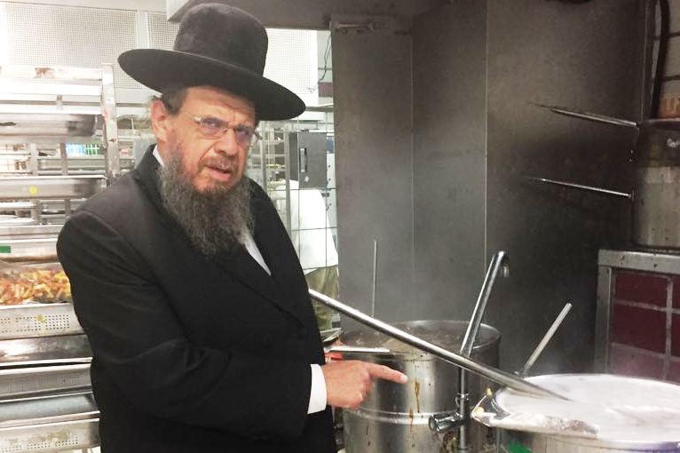מכשירים את הנופש: ראיון עם הרבנים המובילים בתחום הכשרות