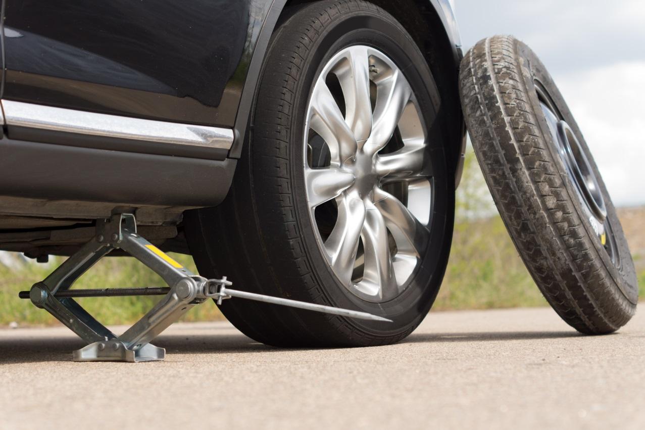 תגידי מתי החלפת גלגל ברכב? • סדנת רכב לנשים