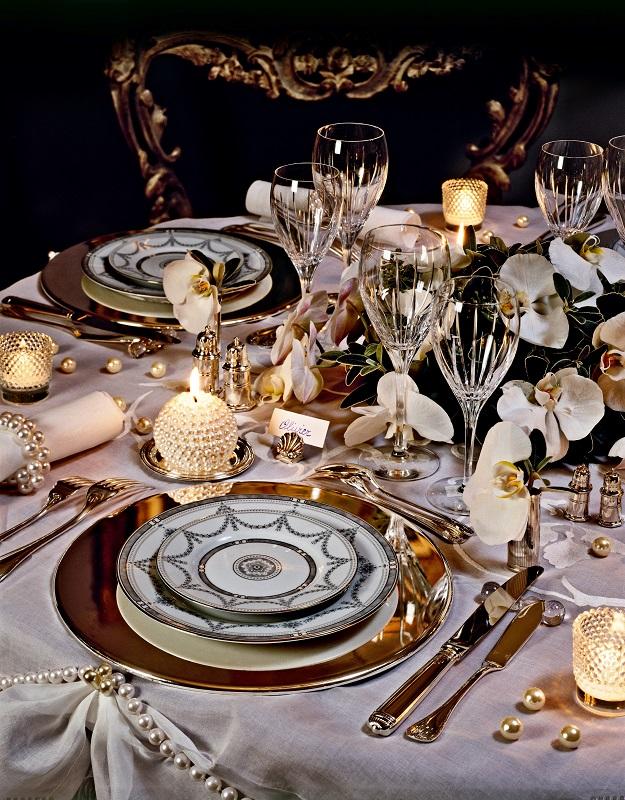 רשת הרמוניה לבית מנדבת:  טיפים לעיצוב שולחן חג ראש השנה