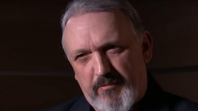 היהודי שהפך למנהיג בתנועת הניאו-נאצים בבריטניה • קווין וילשאו