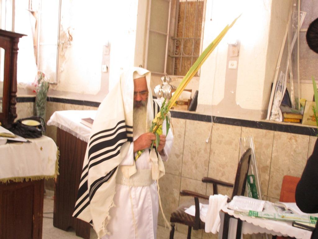 צפו: חג הסוכות בלעלוב ירושלים • גלריה