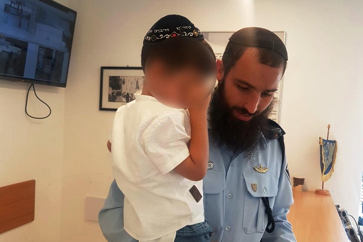ברכת כהנים: 22 ילדים אבדו והוחזרו להוריהם על ידי השוטרים