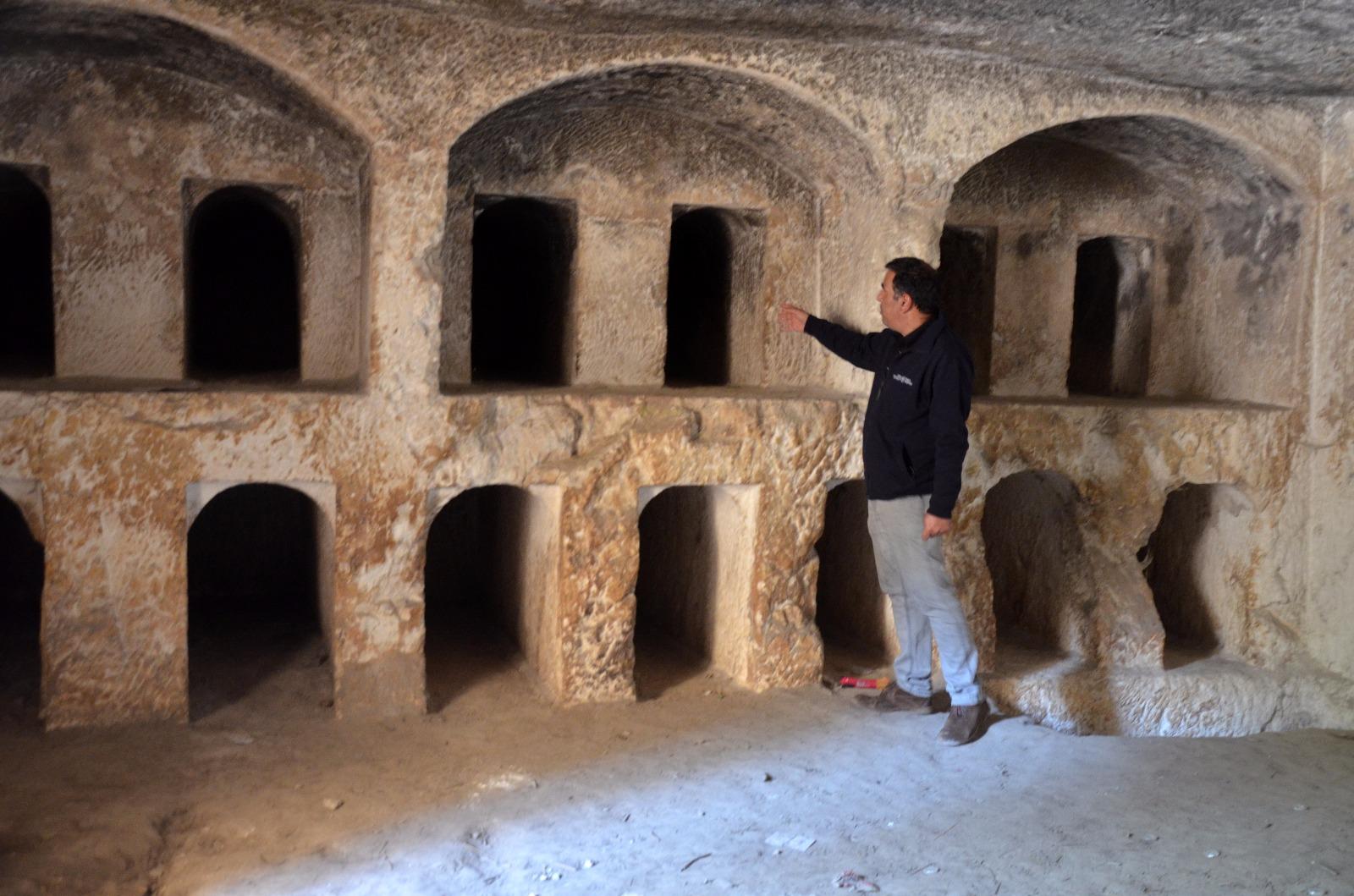 הלוחמים הסתתרו במערות קבורת הסנהדרין