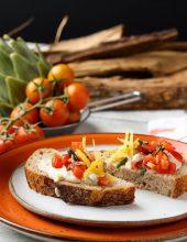 """""""אחוה"""" והאופה תומר בלס מגישים: סנדוויץ' פתוח"""
