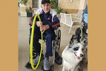 'כלבנות טיפולית' לקשישי בני ברק