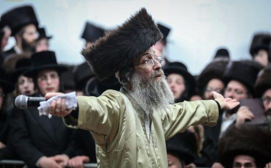 תושבי אלעד עם רבי אלימלך בידרמן במירון (38)